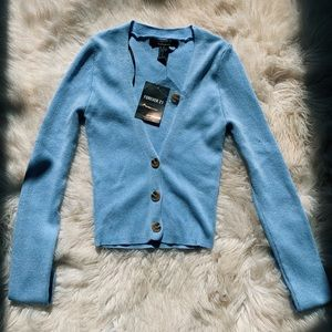 Forever 21 cropped long sleeve blue sweater